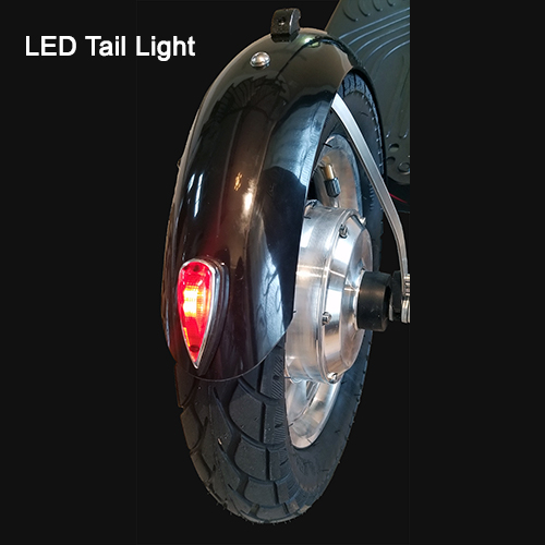 Rear fender with tail light